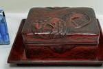 ◆鎌倉彫り◆刀の鍔図彫刻◆煙草入れ/小箱◆無銘骨董美術◆