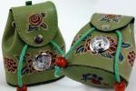 『王様』バッグ型 小物入れキーホルダー ミニ時計付 グリーン
